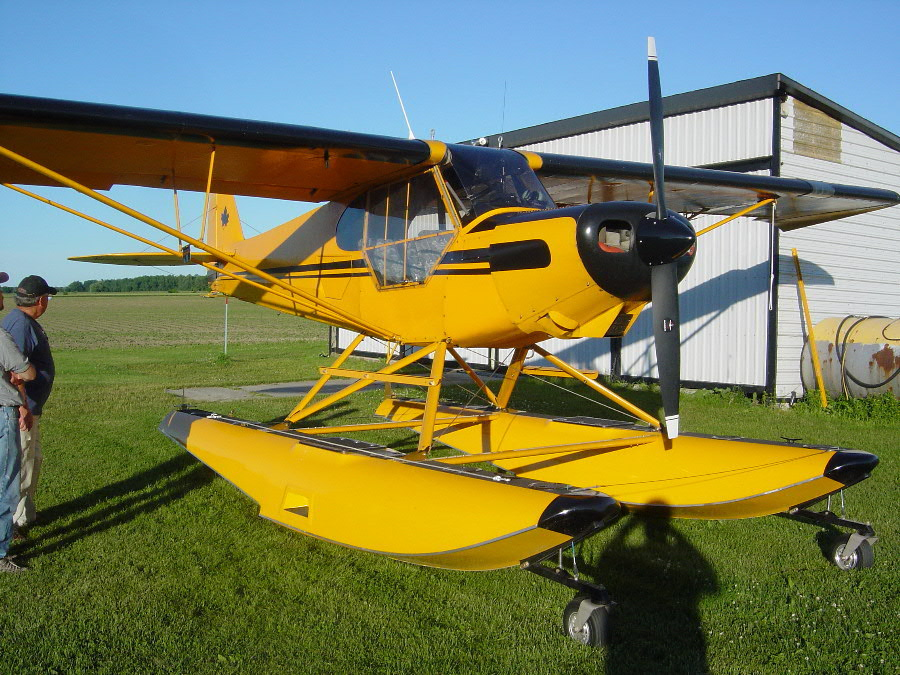 Smith Cub on Clamar floats - SuperCub Org Photo Galleries
