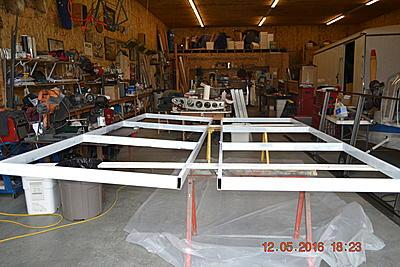 Click image for larger version.  Name:hangr doors 001.jpg Views:18 Size:109.4 KB ID:25619
