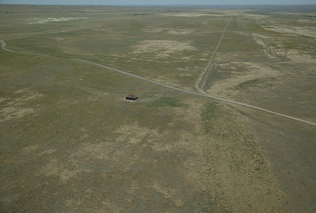 Click image for larger version.  Name:06282006705U7468abandoned prairie.jpg Views:1985 Size:129.1 KB ID:47891