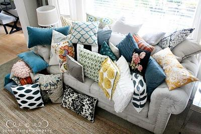Click image for larger version.  Name:trophy pillows 1.jpg Views:67 Size:61.8 KB ID:56494